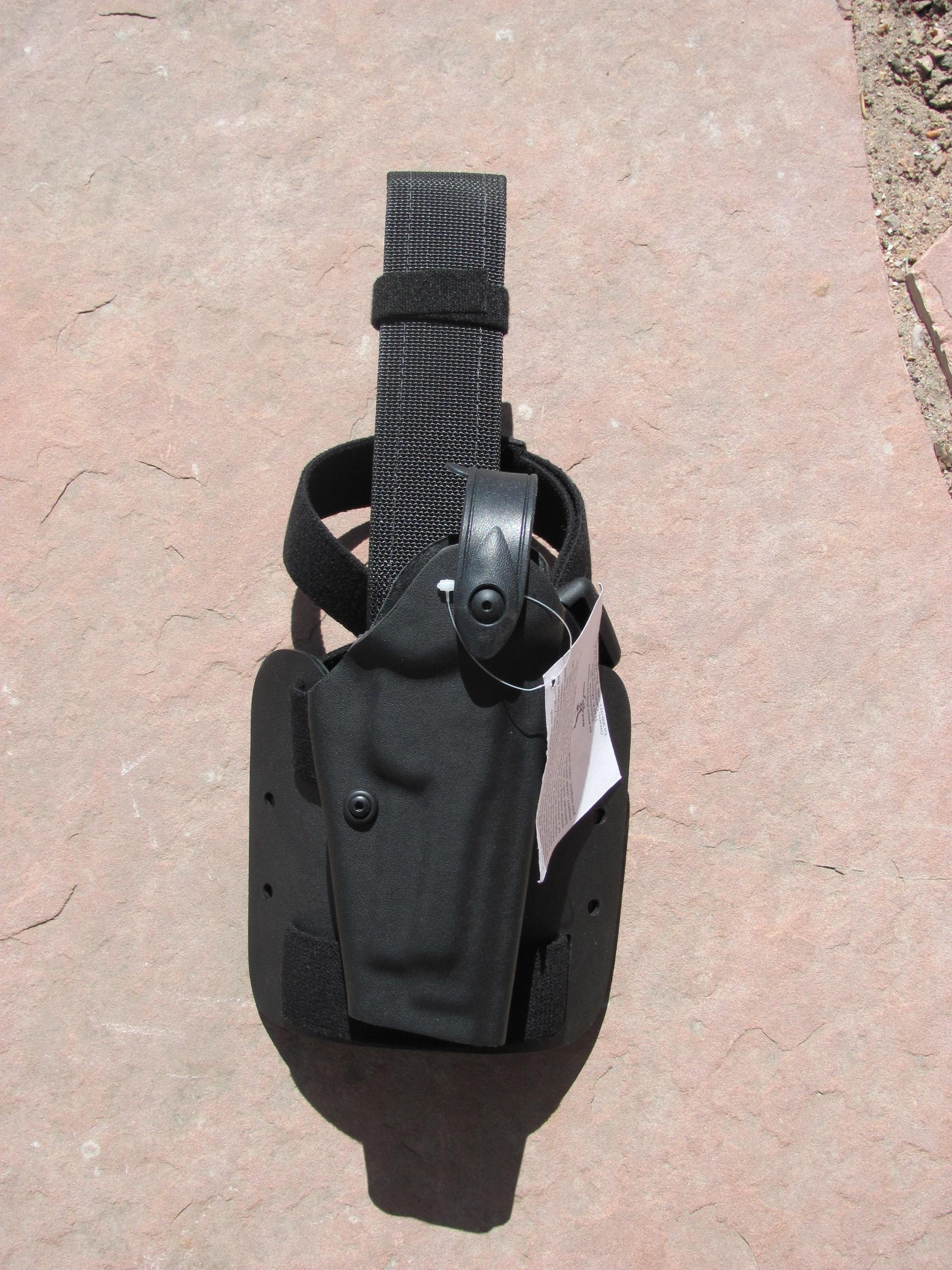 Beretta 9MM holster Safariland