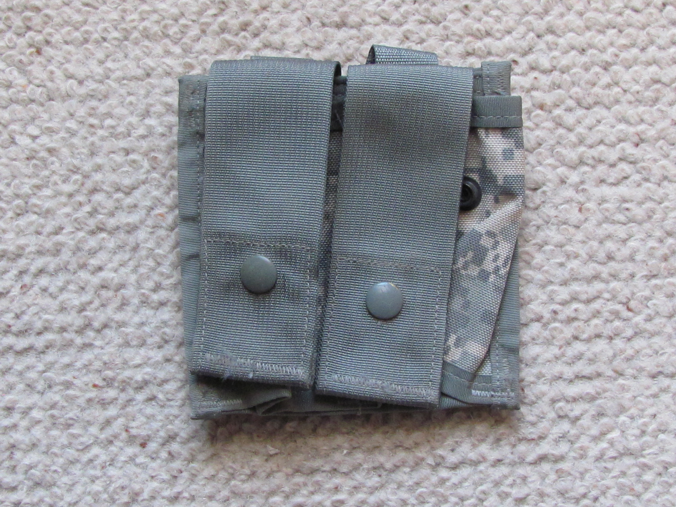 MOLLE 40 MM double pouch