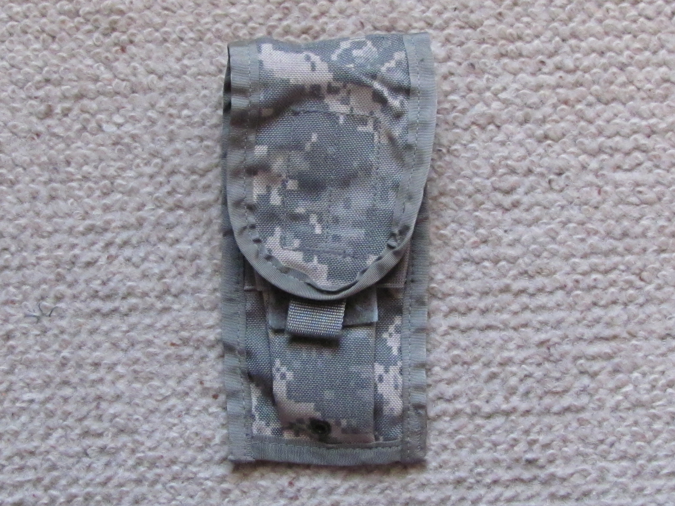 MOLLE double magazine pouch